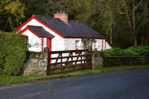 A white cottage which is one of the Irish Landmark Trust venues - the same Irish Landmark Trust who has a Valentine's Giveaway