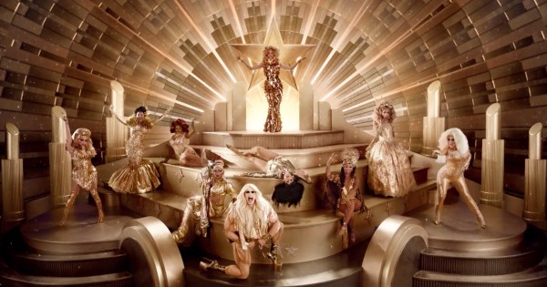 The cast of RuPaul's Drag Race All Stars Season 3 posing for the promotional poster.
