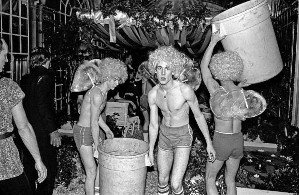 Performers at Studio 54. Photographer: Allan Tannebaum