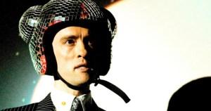 GHN 25: Niall Sweeney wears a mirrorball helmet