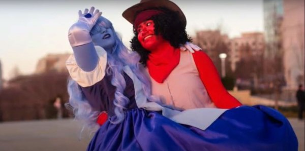 Couples' costumes ideas: Ruby and Sapphire