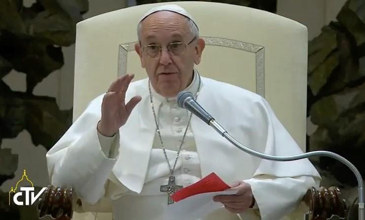 Διπλωματική λύση για την αποκλιμάκωση της έντασης ζήτησε ο Πάπας Φραγκίσκος