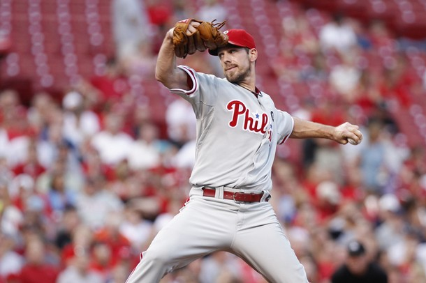 Lee Stays Hot, Guides Phillies To Third Straight Win