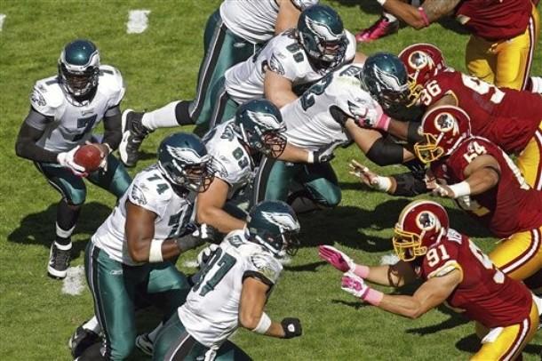 Herremans, Justice & O-Line Come Up Big For The Eagles