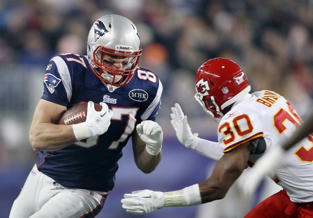 Eagles Have Tough Matchup with Patriots' Tight Ends