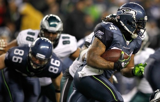 """Close Up On Marshawn Lynch's 15-Yard Run:  Eagles """"D"""" Quit On The Play"""