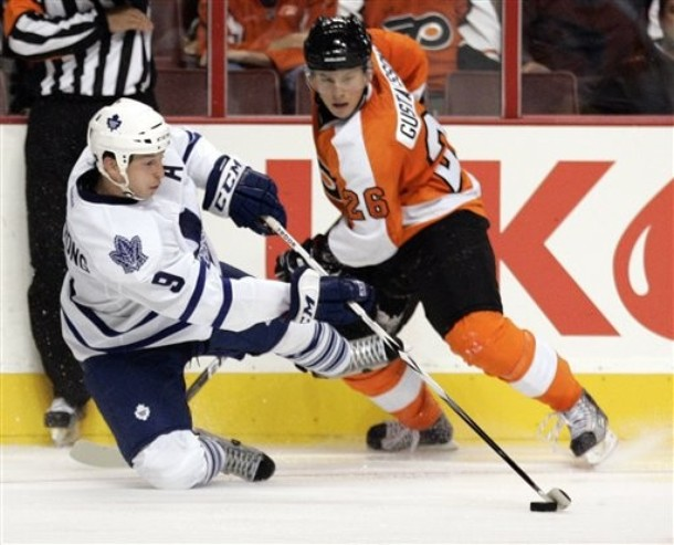 Flyers Recall Gustafsson, Send Walker Back to Minors