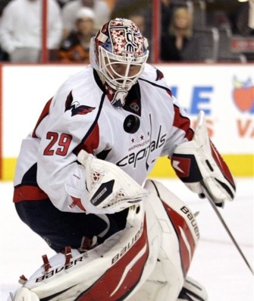 Vokoun, Nearly a Flyer, Signs with Pittsburgh Penguins
