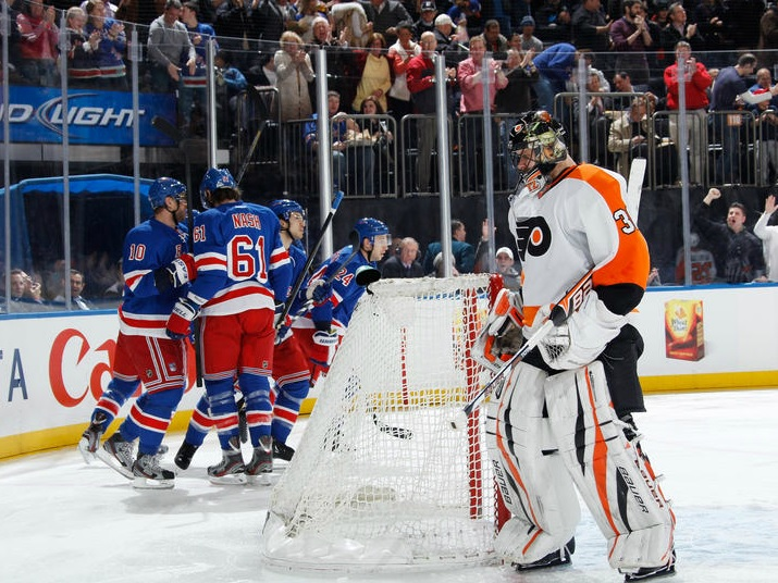 Disorganized Hockey Downs Flyers Against Rangers