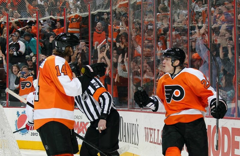 Flyers Rally to Win Weekend Games Against Bruins, Capitals