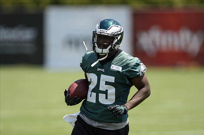 LeSean McCoy Must Adjust To Zone Blocking Scheme More Than His Backups