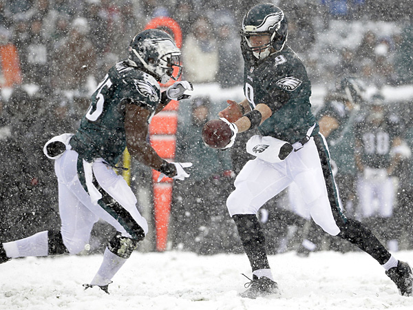 Assessing The Eagles: Quarterback, Running Back, Offensive Line