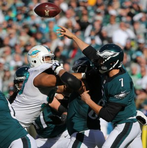 Nov 15, 2015; Philadelphia, PA, USA; Philadelphia Eagles quarterback Sam Bradford (7) gets pressured by Miami Dolphins defensive tackle Ndamukong Suh (93) during the second quarter at Lincoln Financial Field. Mandatory Credit: Jeffrey G. Pittenger-USA TODAY Sports