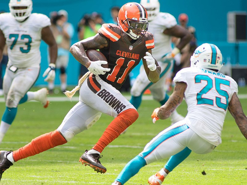 Report:  Eagles Interested In Browns WR Terrelle Pryor