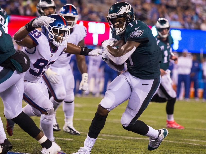 Eagles Start Fast And Blowout The Giants 34-13