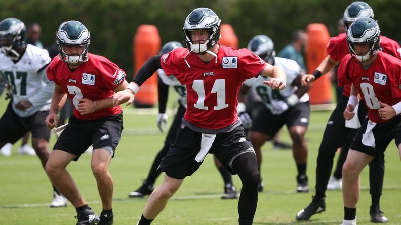 Carson Wentz and The Eagles 2019 OffensIve Weapons