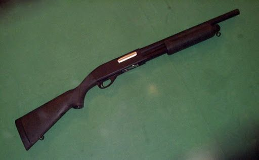 trabajo-practico-04-historieta-policial-armas-escopeta-remington-200