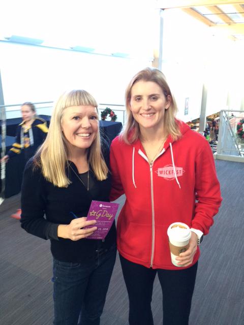 Madeleine Shaw with Hayley Wickenheiser, Calgary 2015