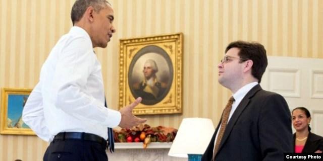 El presidente Obama y Ricardo Zúñiga, su asesor par Latinoamérica, y uno de los negociadores con Cuba.