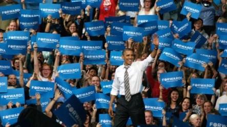 El presidente estadounidense, Barack Obama, participa en un evento por la campaña de su reelección el jueves 1 de noviembre de 2012, en el Coors Event Center de Boulder, Colorado (EE.UU.).