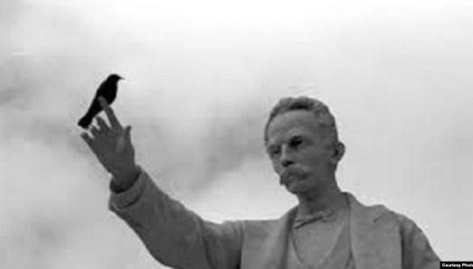 Estatua de José Martí en el Parque Central de La Habana,