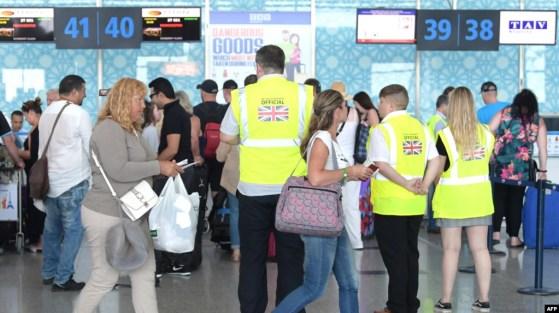 Turistas afectados por el colapso de Thomas Cook
