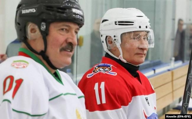 Зліва направо: президент Білорусі Олександр Лукашенко і президент Росії Володимир Путін. Сочі, 7 лютого 2020 року