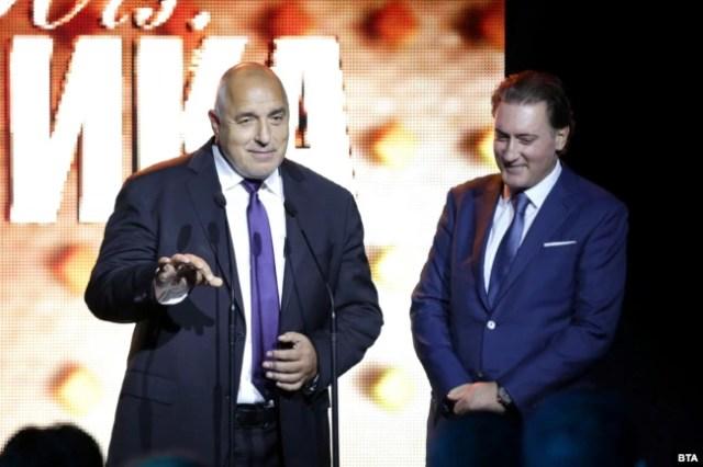 Кирил Домусчиев никога не е криел близките си отношения с премиера Бойко Борисов и финансовия министър Владислав Горанов