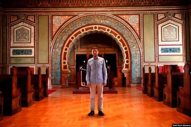 Pomoćnik rabinaIgor Kožemjakin u Aškenaskoj sinagogi