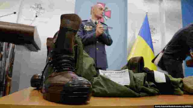 При отриманні комплекту військові самі тепер можуть комбінувати собі одяг, відмовляючись від одних речей на користь інших