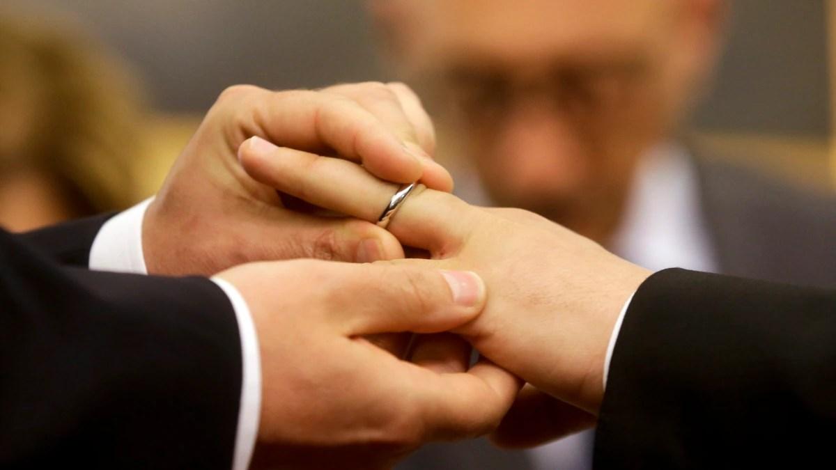 Gereja Katolik Jerman Berkati Pernikahan Gay Meski Ada Larangan Vatikan