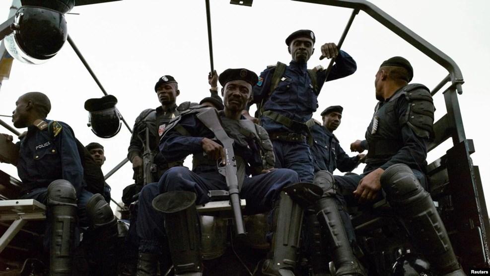 Des policiers congolais déployés à Kinshasa, 19 septembre 2016.