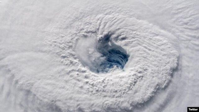 Huracán Florence en una foto distribuida por la NASA