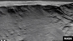 Geological formations can be found in sedimentary rock in the Hellas Basin on Mars.  Researchers say these open channels are recorded evidence of long-lived rivers that were active on the Martian surface more than 3.7 billion years ago.  (Image / Credit HiRISE: NASA / JPL-C