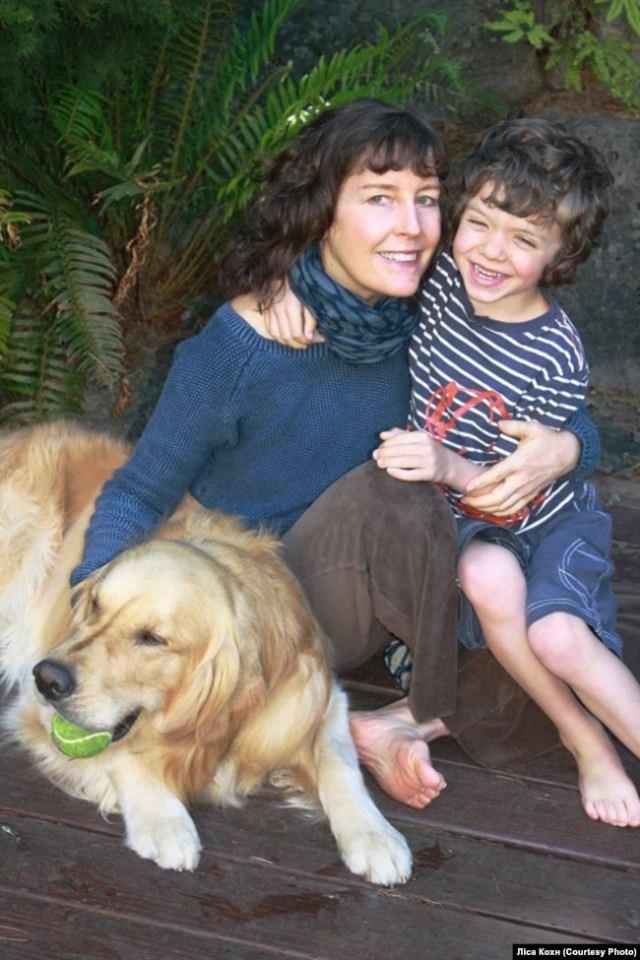 Ліса Кохн із сином Майклом