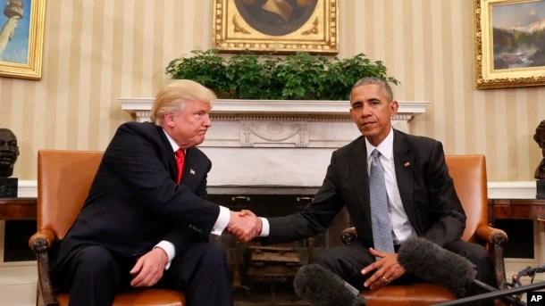 Tổng thống Barack Obama chào đón Tổng thống tân cử Donald Trump tại Tòa Bạch Ốc, ngày 10/11/2016.