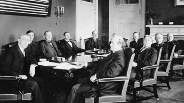 Woodrow Wilson And His Cabinet Seated Around Table 1913