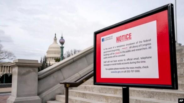 La medida temporal permitirá que las agencias federales continúen sus funciones hasta el ocho de febrero mientras continúan las negociaciones.