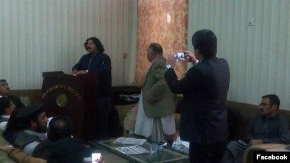 علي وزیر په کوټه کې وکیلانو ته وینا کوي. ۰۸ مارچ ۲۰۱۸