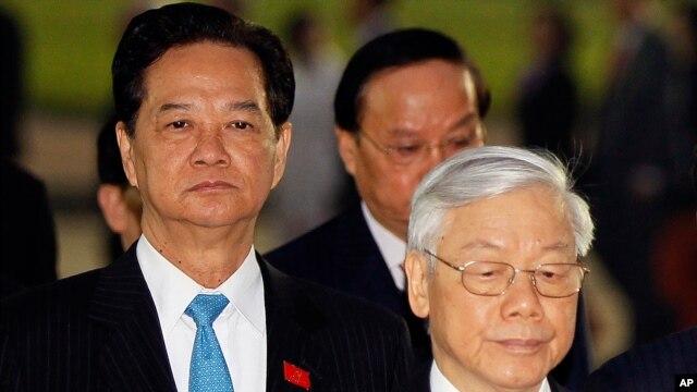 Tại Đại hội Đảng 12, ông Nguyễn Phú Trọng được bầu tiếp tục vị trí tổng bí thư, sau khi ông Nguyễn Tấn Dũng rút lui khỏi cuộc đua.