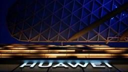 Huawei dice que presiones de Estados Unidos están perjudicando sus ventas.