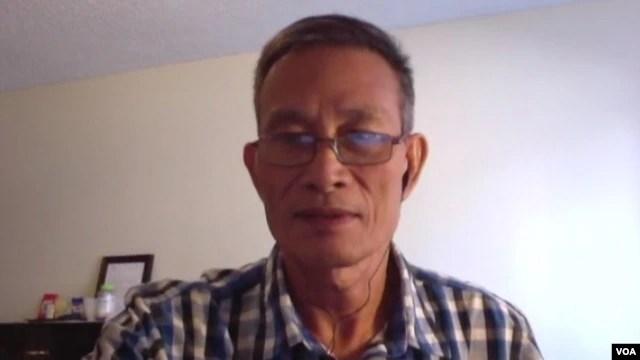 Blogger Điếu Cày Nguyễn Văn Hải trả lời phỏng vấn qua Skype với Trà Mi của Ban Việt ngữ VOA.