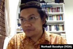 Peneliti Utama LIPI, Prof Ahmad Najib Burhadi. (Foto: VOA/Nurhadi Sucahyo)