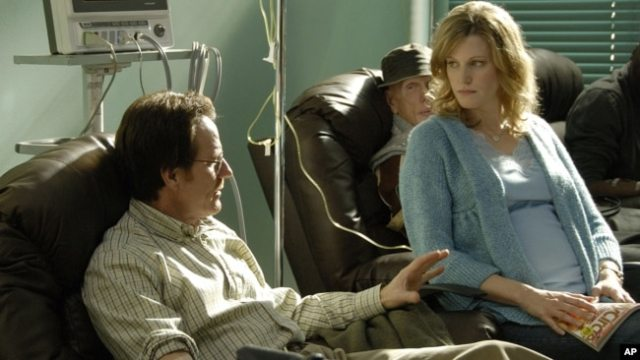 "FILE - Walter White, played by Bryan Cranston, and his wife Skyler White, played by Anna Gunn, during the first season of ""Breaking Bad."""