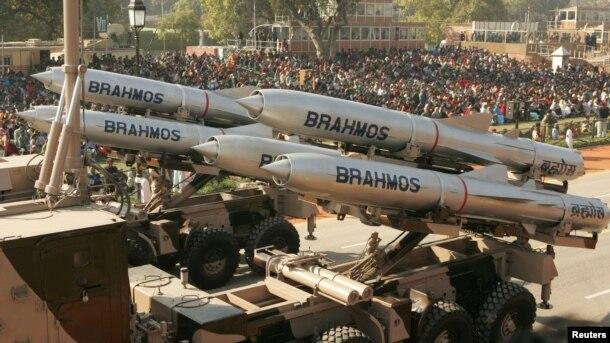 Tên lửa hành trình BrahMos của liên doanh Ấn - Nga.