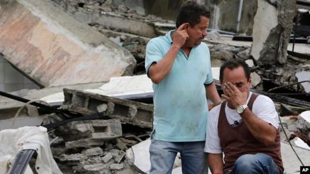 Algunas personas enviaron sus testimonios de lo vivido durante y después del terremoto de 7,8 grados que afectó a ecuador.