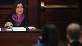 Shandra Woworuntu, WNI penyintas perdagangan manusia, saat berbicara di Senat Amerika.