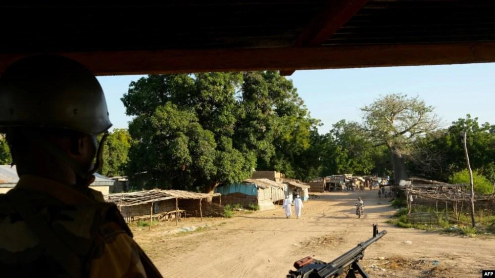 Une patrouille armée à Birao en Centrafrique le 6 novembre 2019.