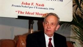 John Nash là một tượng đài trong ngành toán và kinh tế. Ông đoạt giải Nobel kinh tế năm 1994.