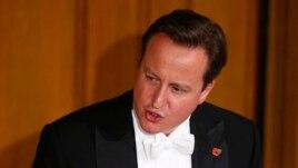 Thủ Tướng Anh David Cameron nói những hành động của Nga tại Ukraine 'đang gây bất ổn cho một quốc gia có chủ quyền'.